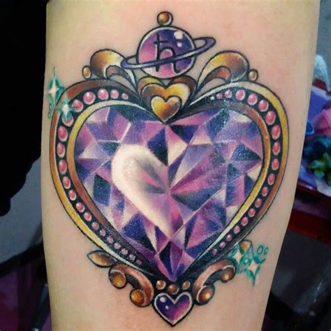 diamond heart tattoo tattoos ile ilgili teki en iyi 25