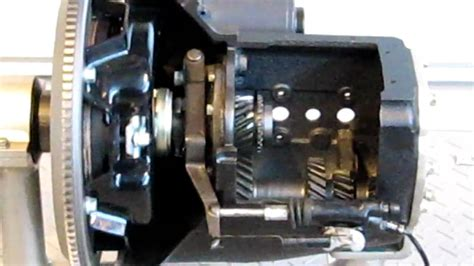 how a works how a clutch works internals of transmission and clutch