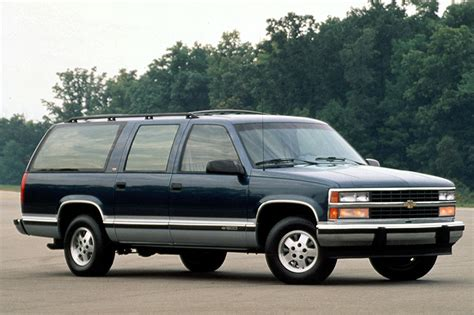 how petrol cars work 1993 gmc suburban 2500 regenerative braking 1992 99 chevrolet suburban consumer guide auto