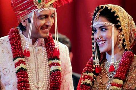 Maharashtrian Wedding Banner by Image Gallery Marathi