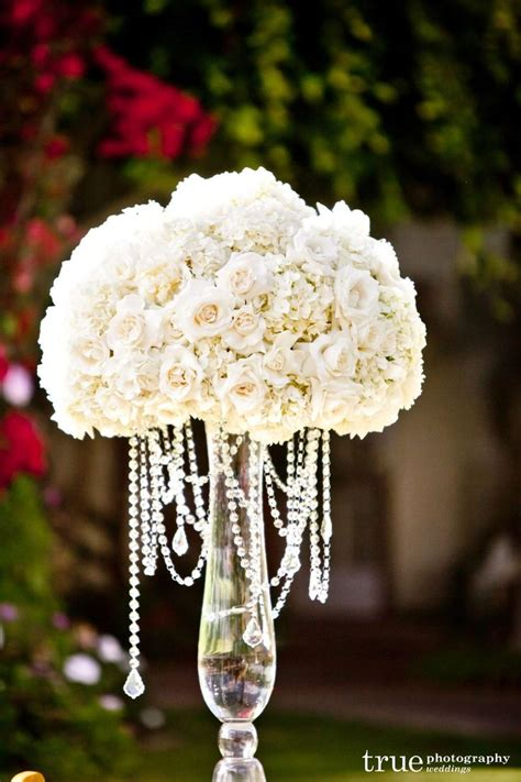 Flower Centerpieces by 25 Best Ideas About Flower Centerpieces On