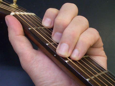 Guitar With Fingers 2 Buku Gitar fret