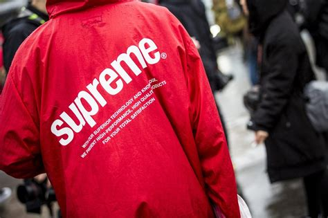 supreme clothing retailers china opens up a brick and mortar supreme store