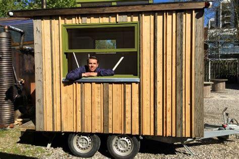 lavorare lontano da casa tiny office l ufficio si fa piccolo e mobile per lavorare