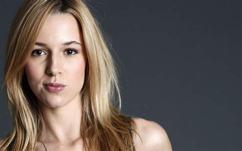 alona tal wallpapers images  pictures backgrounds
