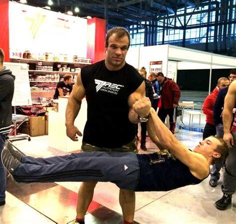 Todd Hutchings Denis Cyplenkov Left Arm Human Isometric Hold