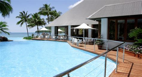 hamilton island accommodation hotels deals great reef view hotel resort drive hamilton island