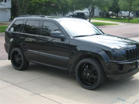 jeep laredo blacked out tastychewy s 2007 jeep grand cherokee laredo sport utility