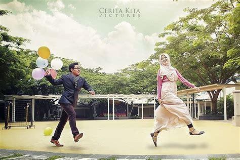Harga Clean Clear Yang Kecil foto prewedding bertemakan and casual