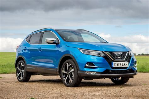nissan cars 2014 nissan qashqai 2014 car review honest