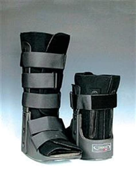 foot stress fracture boot prevention treatment for metatarsal stress fractures in