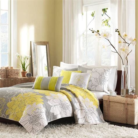 gray bedroom curtains gray and yellow bedroom curtains ideas