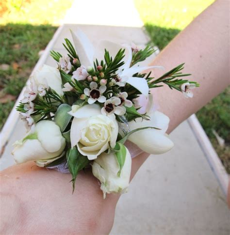 Wedding Corsages by Wedding Corsages Pictures Savingourboys Info