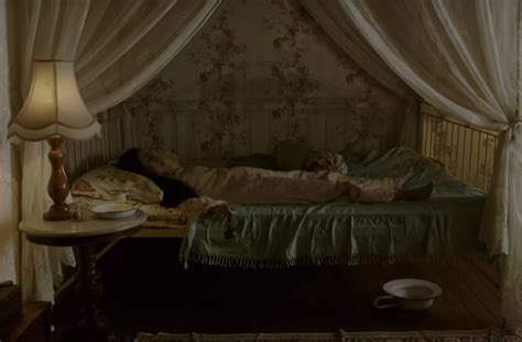film hantu wc 5 alasan mengapa harus menonton film pengabdi setan