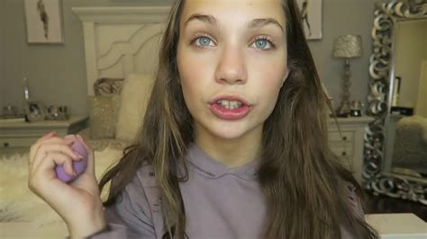 makeup tutorial mackenzie ziegler quick and easy makeup on the go maddie ziegler youtube