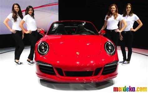 Los Angeles Putih foto para bidadari cantik hiasi ajang la auto show di
