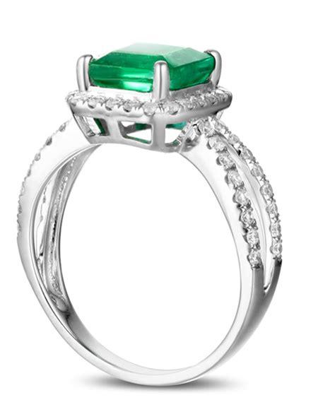 1 carat princess cut emerald and halo engagement