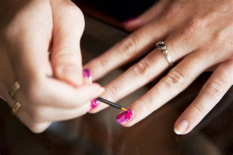 how to do your own gel nail manicure at home nails and