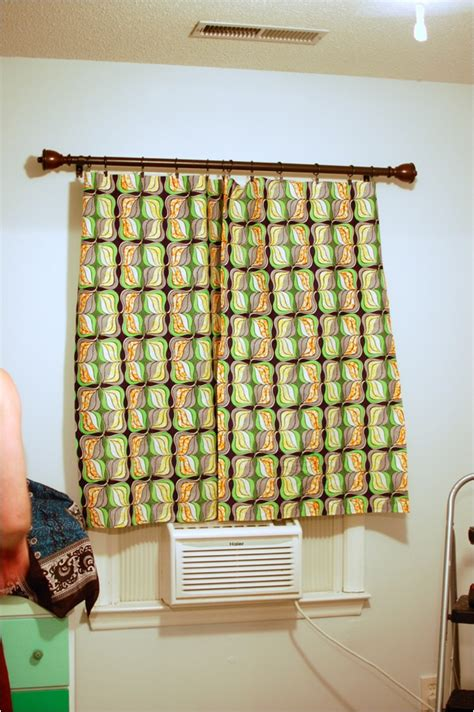 diy no sew curtains diy no sew curtains nursery project still being molly