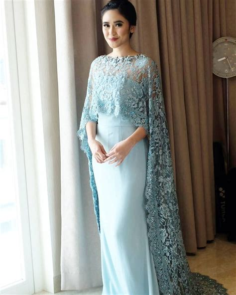 Kebaya Dress 25 best ideas about kebaya on kebaya modern