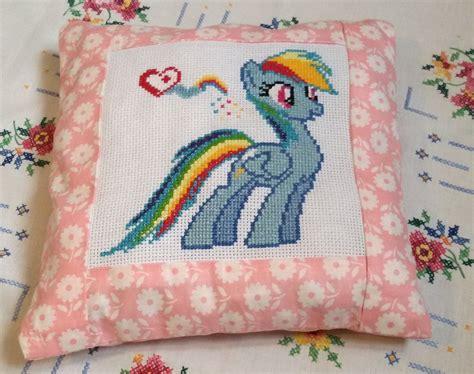 cuscino punto croce cuscino punto croce pony personaggio rainbow dash