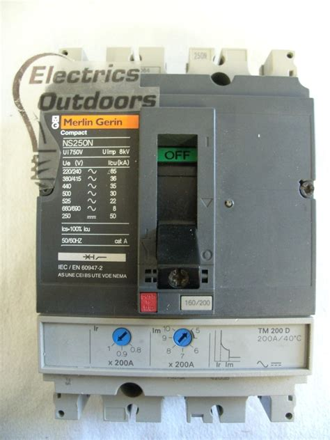 Kontaktor Lc1dt80a 4 Pole 4 No Schneider 80 Er merlin gerin 200 36 ka pole mccb 415v ns250n tm200d bs en 60947 merlin gerin