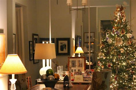 decorate xmas tree modern apartment decorating in small spaces my nyc apartment at
