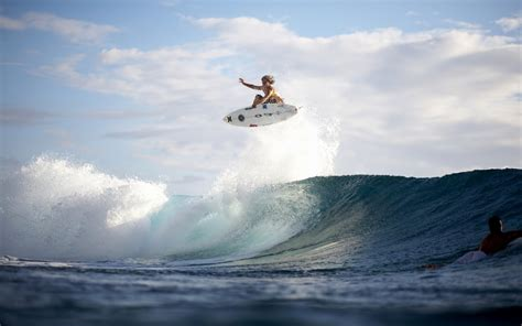 surf s extreme surfing the king of waves hd wallpaper the