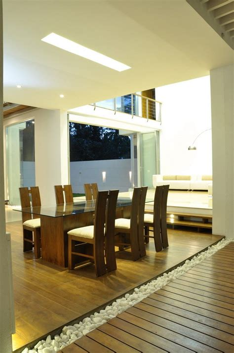 contemporary family home  sri lanka paying tribute