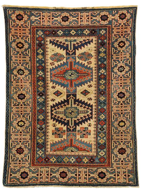 aste tappeti persiani tappeti antichi preziosi casamia idea di immagine