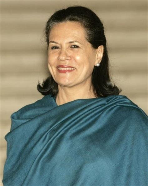 sonia gandhi biography hindi sonia gandhi net worth celebrity net worth