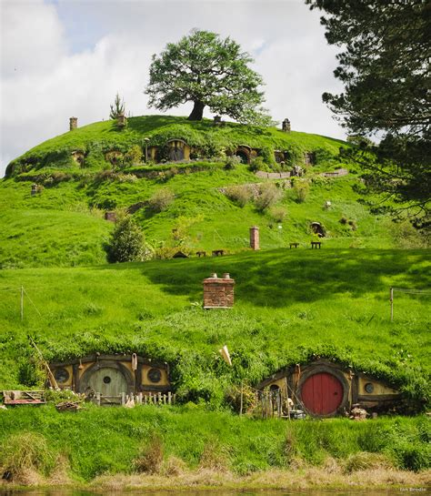 hobbit house new zealand filmmaking in middle earth swain destinations travel blog