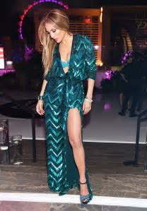 How Old Is Jennifer Lopez? ? Looks Young At Birthday Party