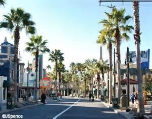 More palm trees are seen lining hollywood boulevard these are mexican