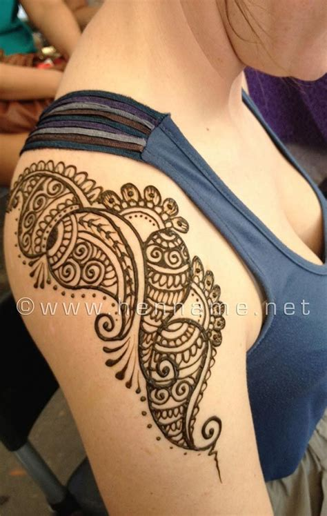 simple shoulder henna tattoo best 25 henna shoulder tattoos ideas on