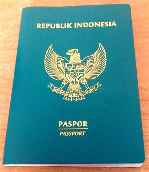 Dompet Paspor Fossil Passport Mata ini alasan kenapa paspor indonesia warnanya hijau