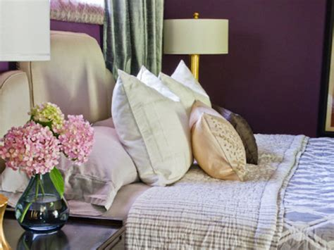 how to layer a bed layer bedding for a designer look bedroom decorating