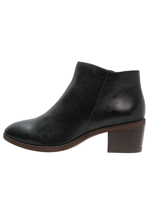 vagabond tay ankle boots black classic ankle bootsvagabond outlet onlinevagabond salesave p 976 buy vagabond shoes vagabond yarin ankle boots black