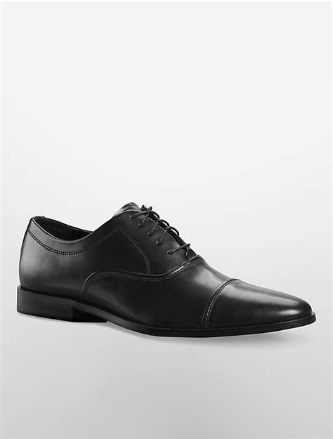 cap toe oxford mens shoes calvin klein mens nino cap toe oxford shoe