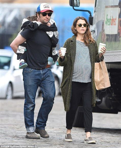 matthew rhys name pronunciation keri russell puts large baby bump on display in striped
