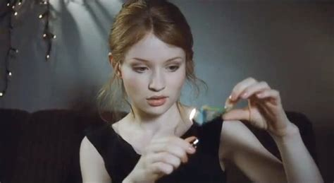 film lucy menceritakan trailer sleeping beauty bukanlah dongeng kabar