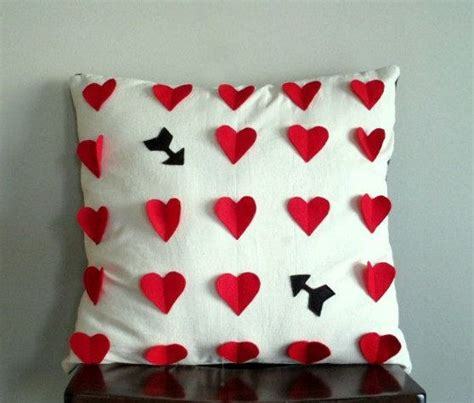 valentines pillows 56 best images about pillows on felt