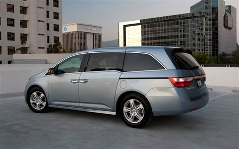 books on how cars work 2011 honda odyssey on board diagnostic system 2011 honda odyssey reviews and rating motor trend