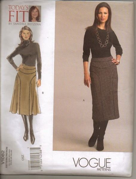 Wakai Motif Size 36 40 Vogue Sewing Pattern Betzina W Plus Size 32 34 36