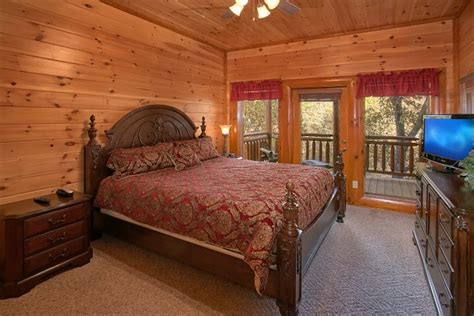 8 bedroom luxury cabin rental cabins usa gatlinburg