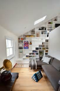How To Style A Bookcase Choisir Un Escalier Pour Mezzanine Pour Son Loft Archzine Fr