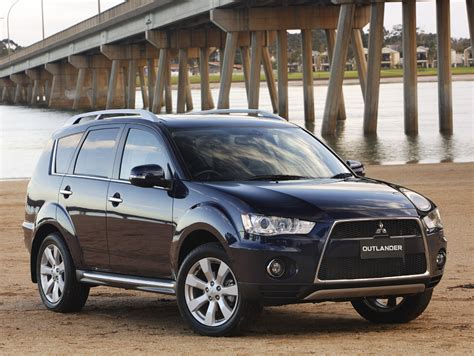 mitsubishi outlander mitsubishi outlander wallpapers bikes cars wallpapers