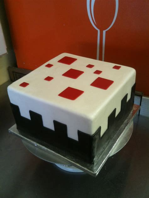 craft cake 1000 ideas about mine craft cake on creeper