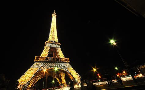 download film eiffel i m in love full hd eiffel tower paris night hd 1080p wallpaper download