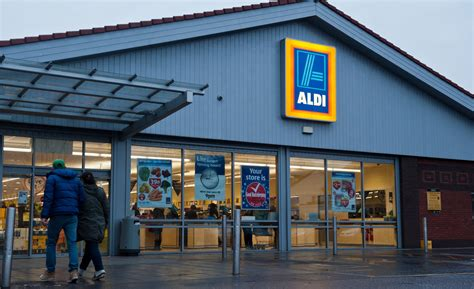 aldi opening times aldi bank opening times do not miss monday s